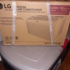 Brand new LG air conditioner